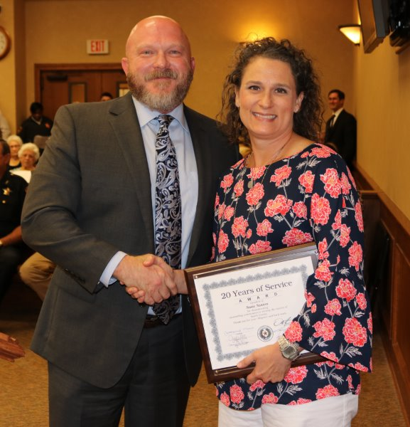 Smith County Recognizes Employees for Service